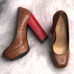 Zodiac Diva Vintage Brown Two Tone Leather